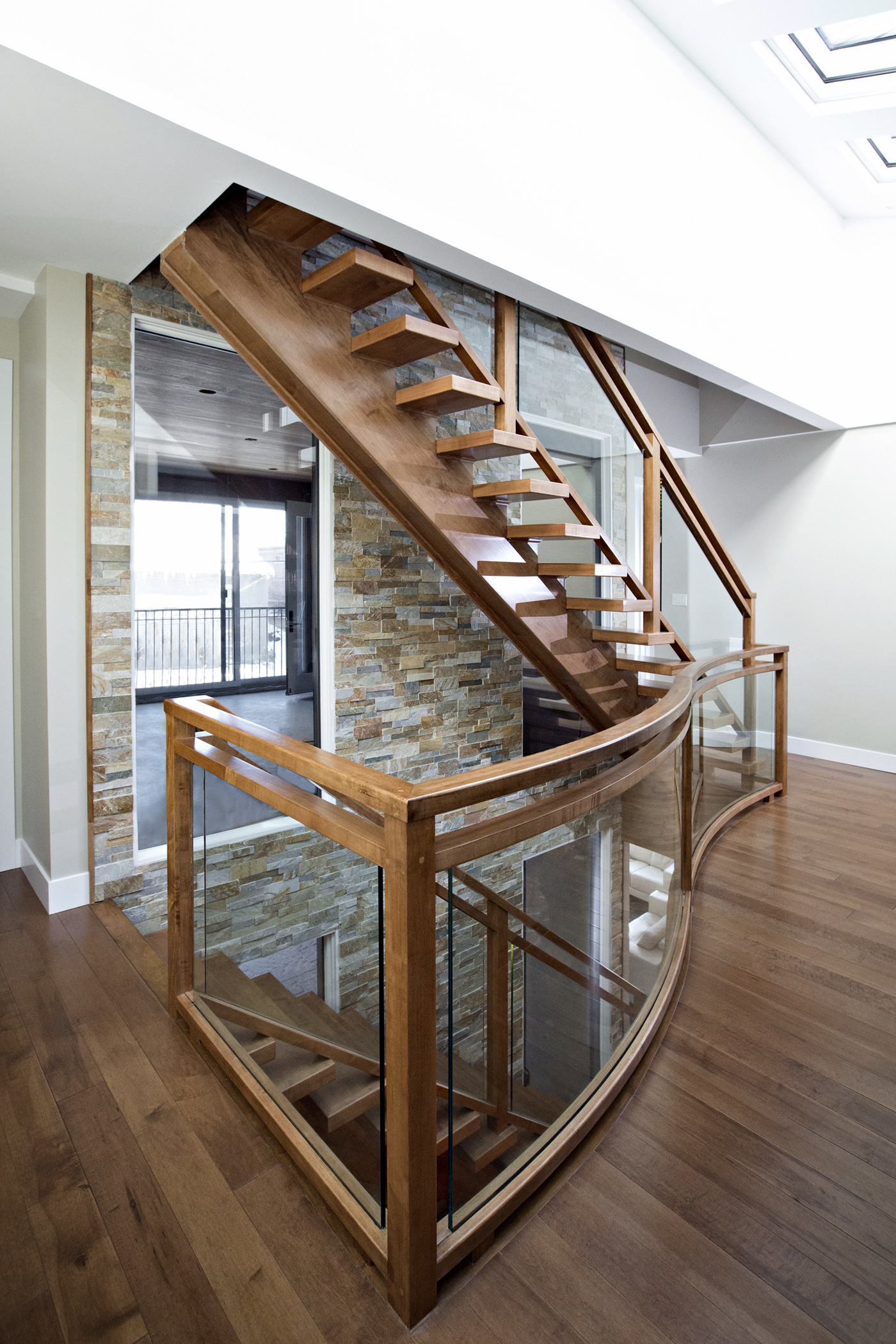 Staight Staircase with Glass #155