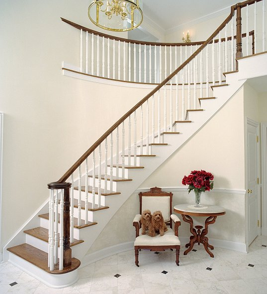 Curved Stairs #107