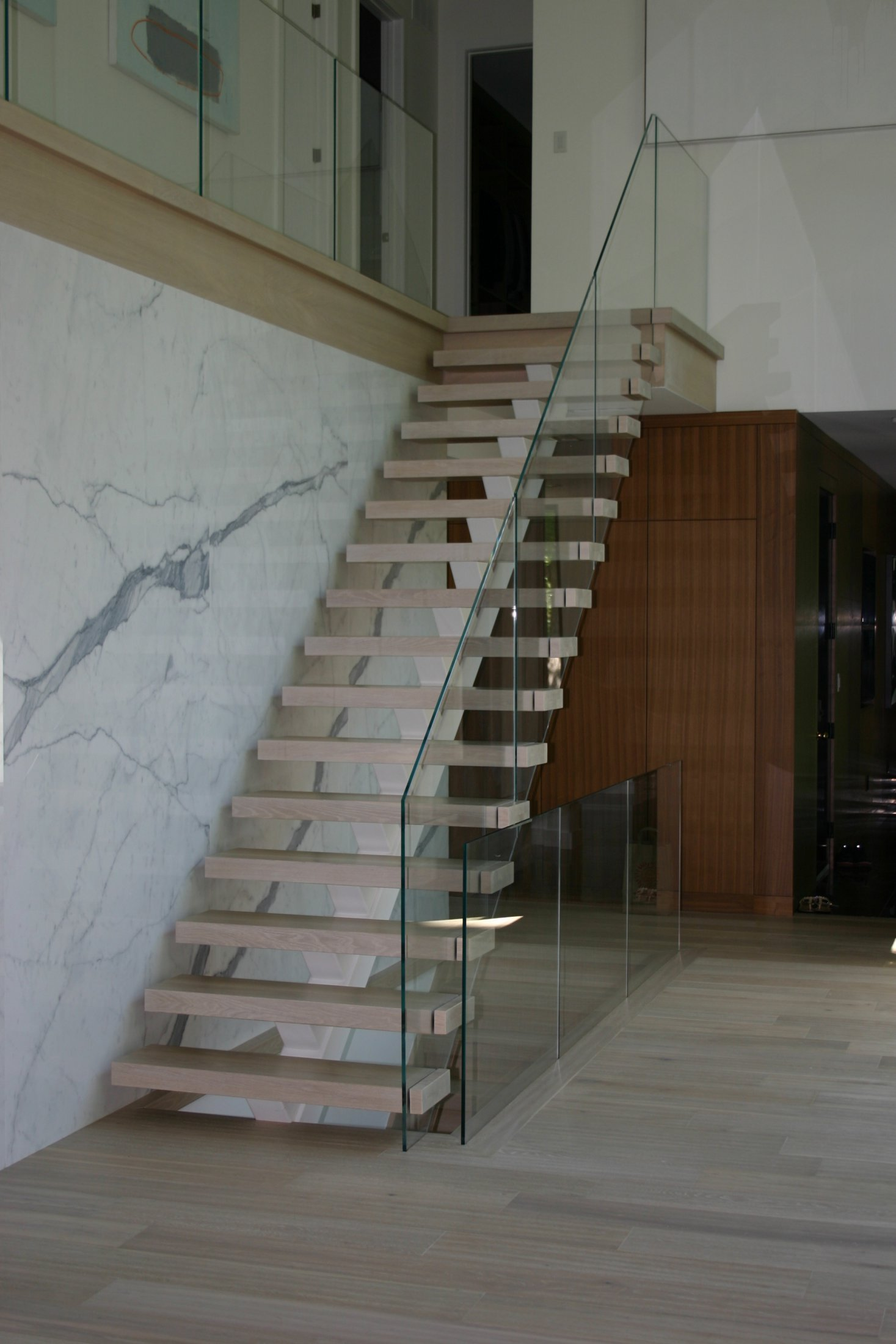 Stairs with Glass Panel #195
