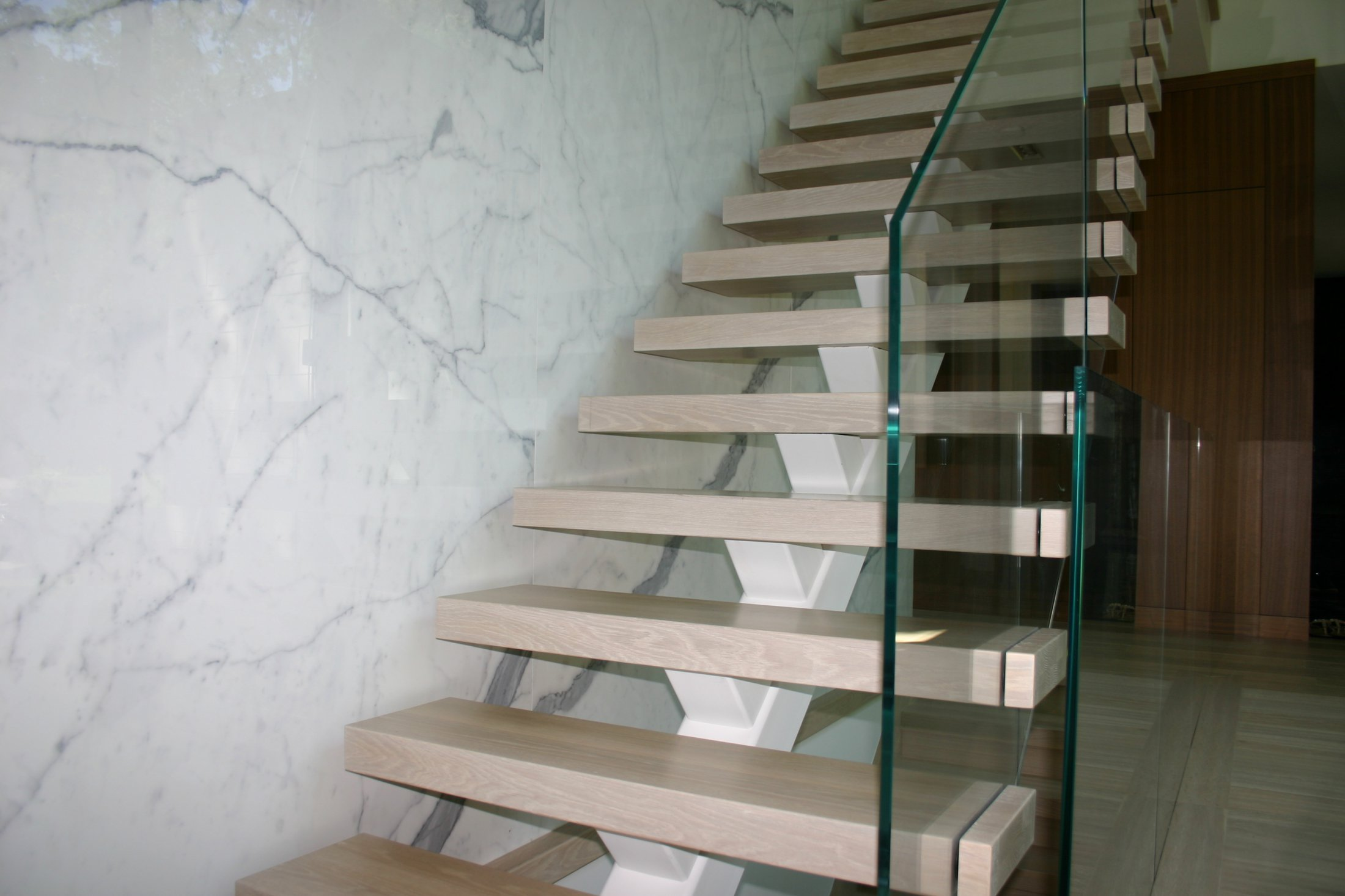 Glass Panel Stairs #196