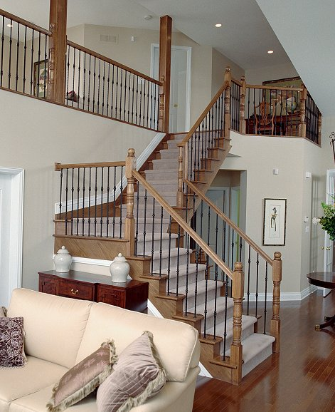 Straight Stair With Metal Balusters #122