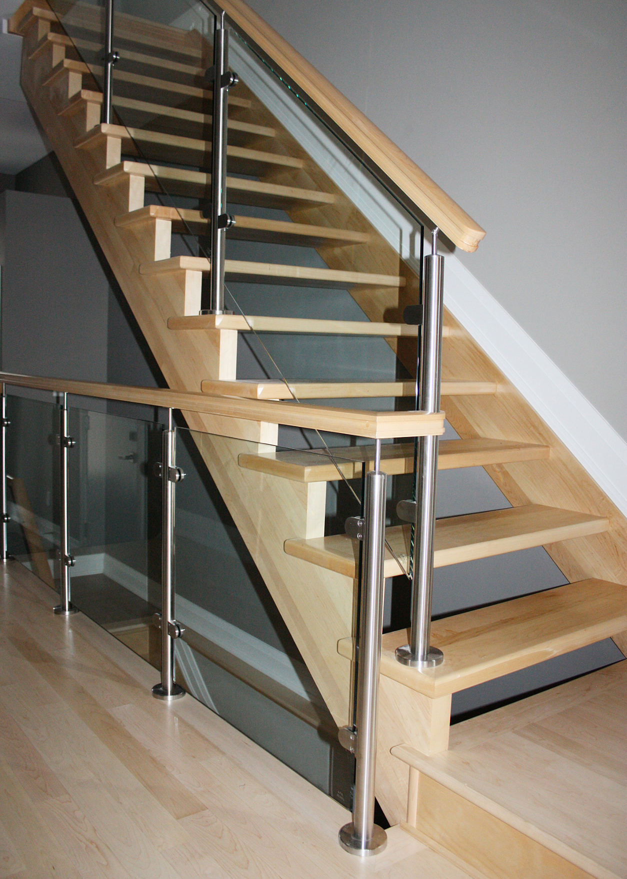 Glass Panel Staircase #105