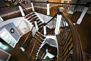 Custom Staircase #151