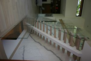 Glass Panel w/Suspended Stairs #193