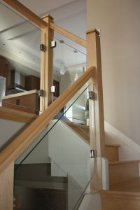 Glass Panel Staircase #104